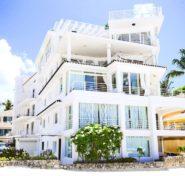 Penthouse Los Corales Beach